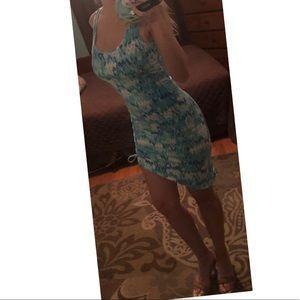 Guess mini body con dress adjustable hem